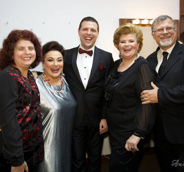 Gala-aniversara-Viorica-Cortez_2014_29