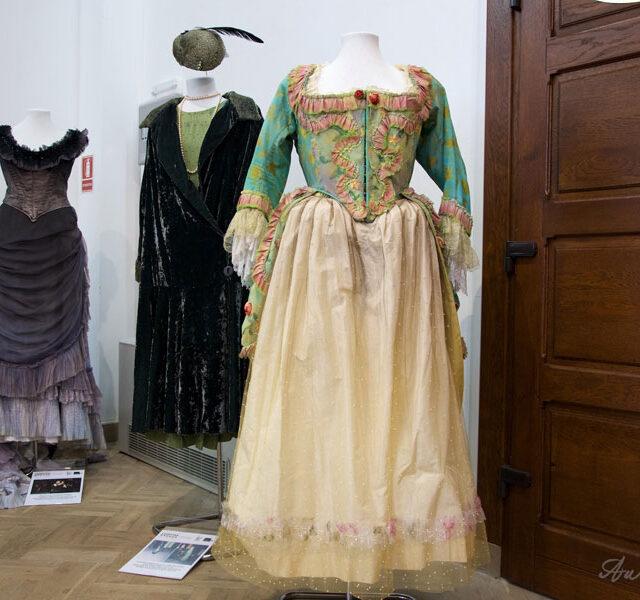 Leontina-Vaduva-Expo-Costume-Creart_04