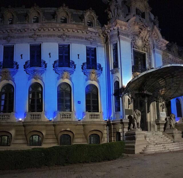 Noaptea-albastra-a-autismului_2017_muzeul-enescu